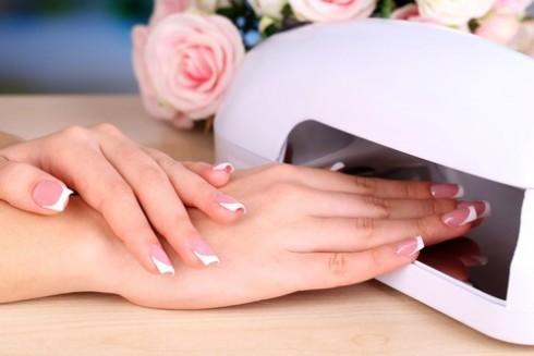 7 nguyên nhân sơn gel làm hư móng tay đẹp