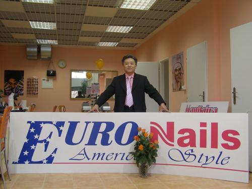 Ông tổ nghề nail ở Czech