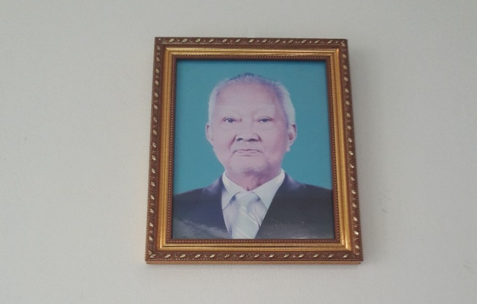 Ông Võ Văn Bảo (Ông Tư Bảo) : ông tổ làm ra cây kềm làm móng Việt Nam ngày nay.